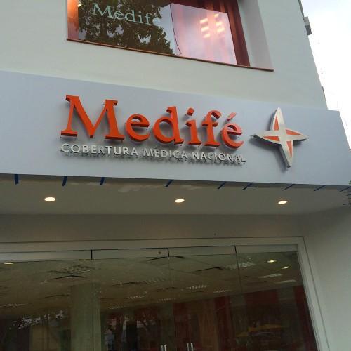 Medifé, Marca, asesoramiento global en nuevos locales. Auditoría.